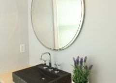8 Incredible Color Tips to Make Your Bathroom Look Bigger